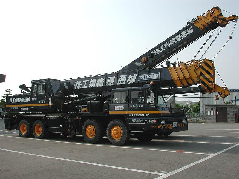 جرثقیل 60 تن تادانو – Tadano TG-600M